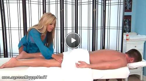 hot mom tube kitty video